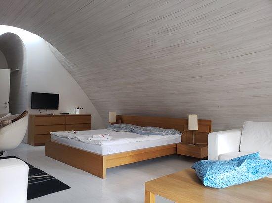 Slavonice, Republik Ceko: Attic bedroom