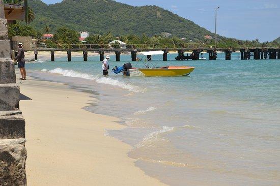 Hillsborough Carriacou friendly people great beaches