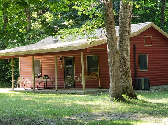 Tonica, IL: The Apache Cabin