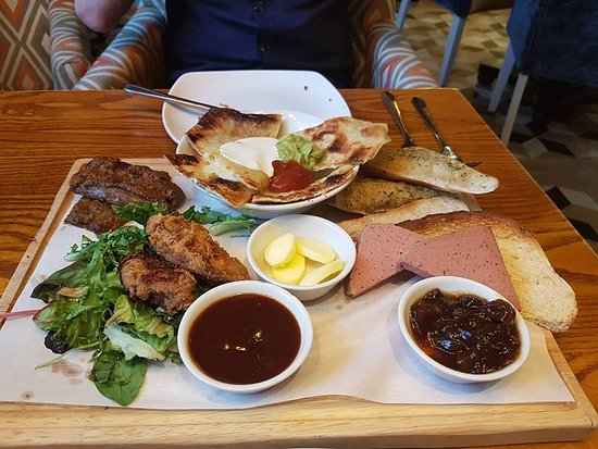 Greasby, UK: Sharing Platter