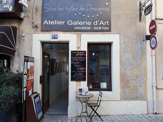 Sous Les Toiles de Provence