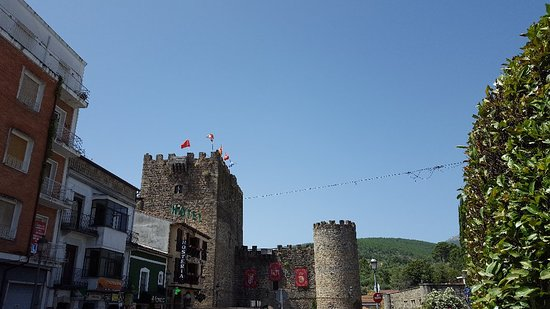 Castillo de Don Álvaro de Luna: 20180807_134452_large.jpg