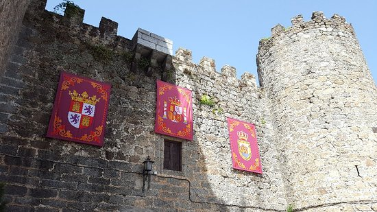 Castillo de Don Álvaro de Luna: 20180807_121905_large.jpg