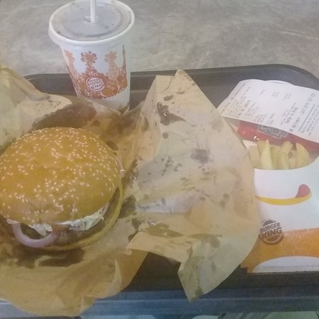 Burger King Mount Lavinia: Thanks Burger King, you keep me rejuvenated