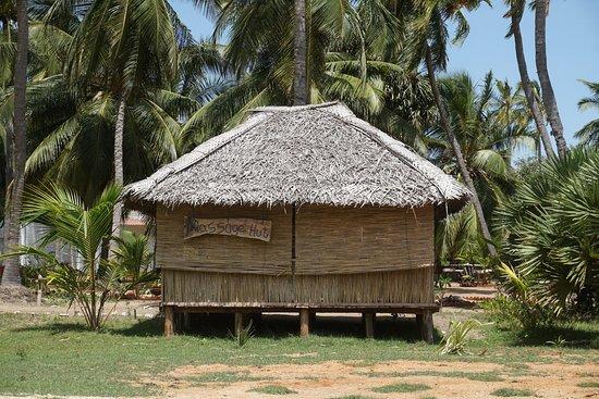 Valampuri Kite Resort: massage center