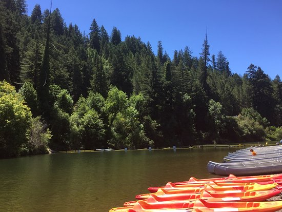 Guerneville, CA: Canoes and kayaks