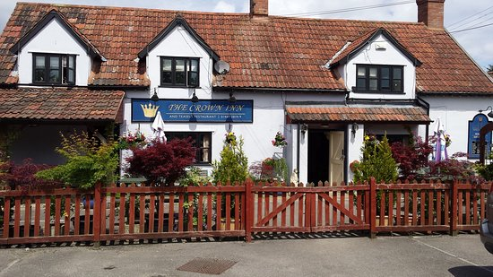 Fivehead, UK: A typical 16th century country pub