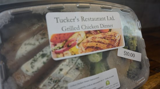 Armstrong, Canadá: Frozen Meals now available at Tucker's Restaurant Ltd
