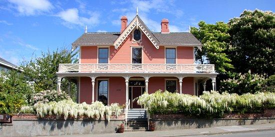 Wentworth Villa
