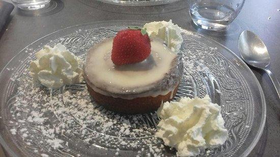 Vivonne, Γαλλία: Gâteau Nantais