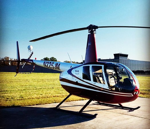Airwork Las Vegas: R44 Helicopter.  3 passenger seats plus the pilot.  Every passenger is guaranteed a window seat.