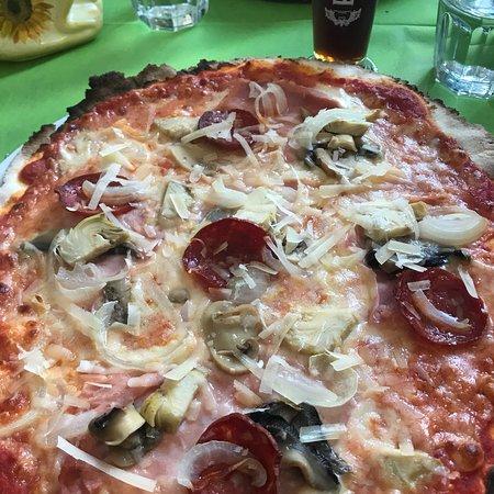 La Zinfarosa Braceria Trattoria Pizzeria: photo0.jpg
