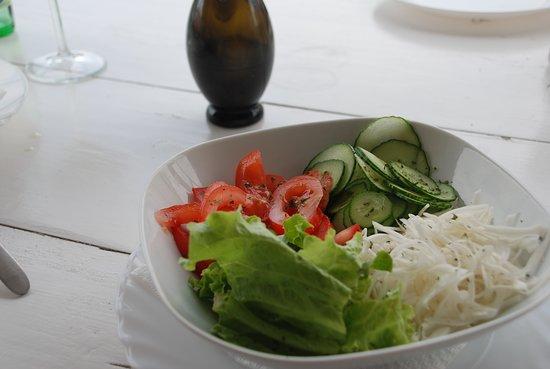 Cervar Porat, Kroatia: Gemischter Salat