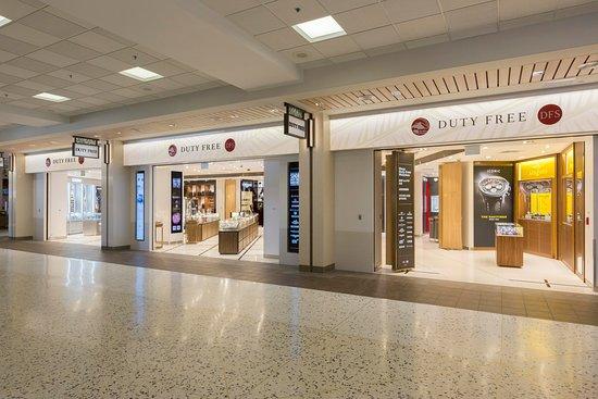 DFS ストア&ブティック(ハワイ ダニエル K イノウエ国際空港店)の画像 - オアフ島の写真 - トリップアドバイザー