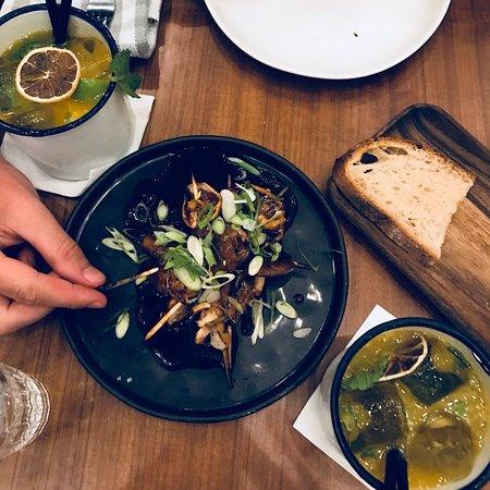 Mito: طبق لحم البقر مع حلقات البصل و صحن فطر تشيتاكي الرائع