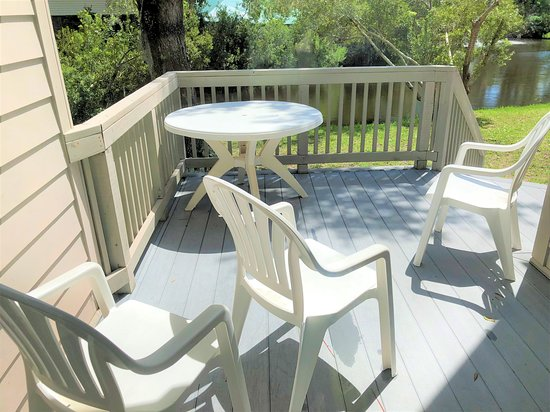 Egrets Pointe Townhouses: Deck Looking at Lagoon