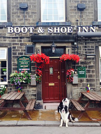 Holmfirth, UK: Boot and Shoe