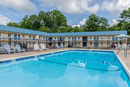 Union, SC: Outdoor pool
