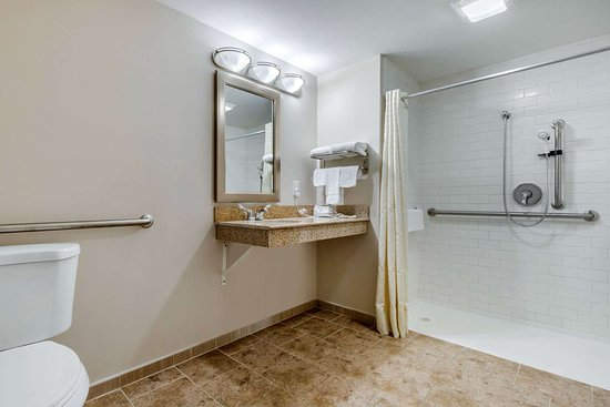 Union, SC: Bathroom in guest room