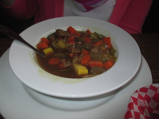 Gabe's by the Park: Bowl of Vegetable Beef Soup
