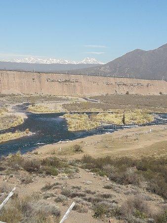 Las Compuertas, Argentina: Río Mendoza