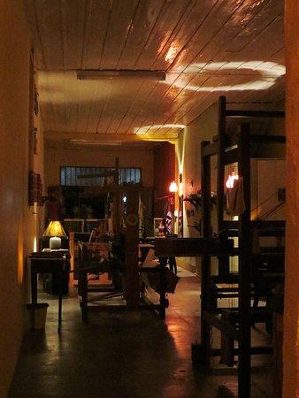 Sevilla, Colombia: Tramarte y sus bellos telares hacen el camino al Palique.