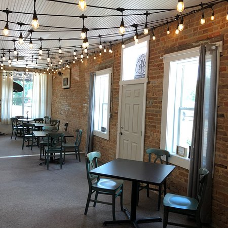Poplarville, MS: Main Street Coffee