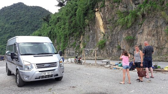 Travel Private Ford Transit Van 16 seat to Sapa - Picture of