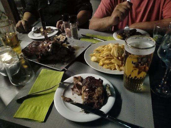 Oreoi, Grèce: Το καλύτερο πιατο : ΚΟΤΣΙ
