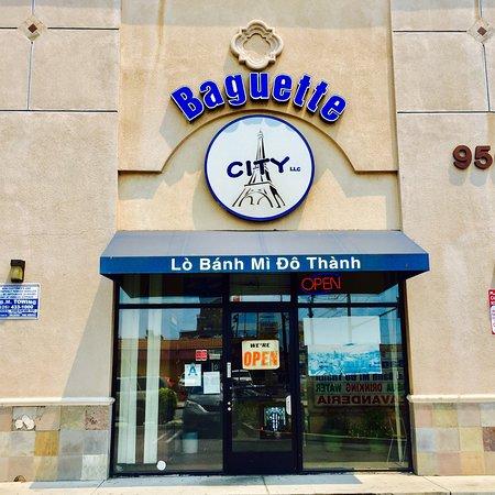 South El Monte, CA: Baguette City