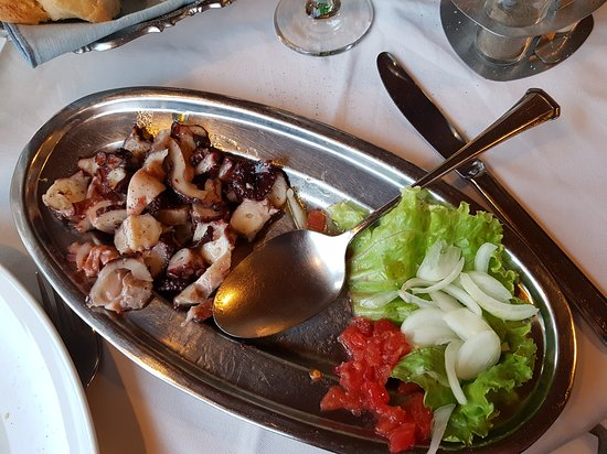 Selca, Croatia: Salát z chobotnice