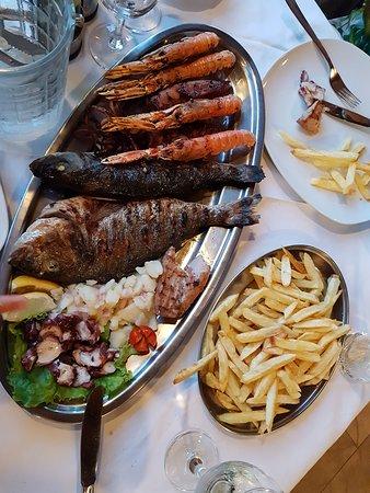 Selca, Croatia: Mísa ryb pro 2 osoby
