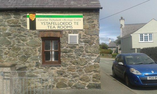 Llys Llewellyn Tea Rooms, Aberffraw