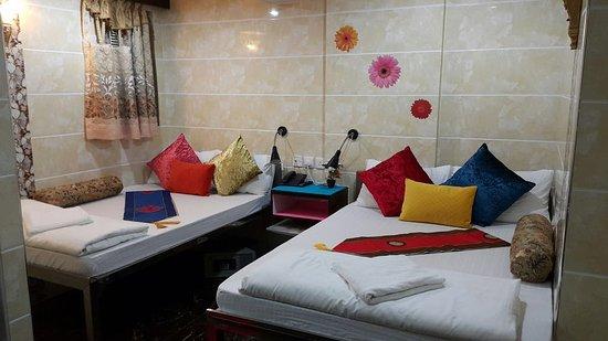guangdong guest house hong kong review