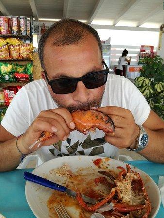 Cetraro Marina, إيطاليا: Pesce freschissimo e grande professionalità, grazie ragazzi non vi smentite mai, di anno in anno