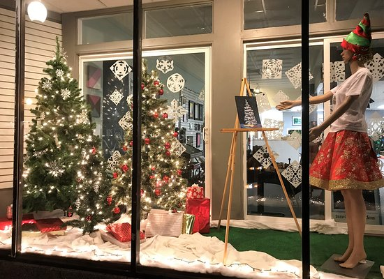 Dansville, NY: Winter in the Village (Dec) includes activities all day long - and Santa too!