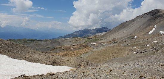 Crans-Montana, Switzerland: Plaine-Morte - Glacial Plateau