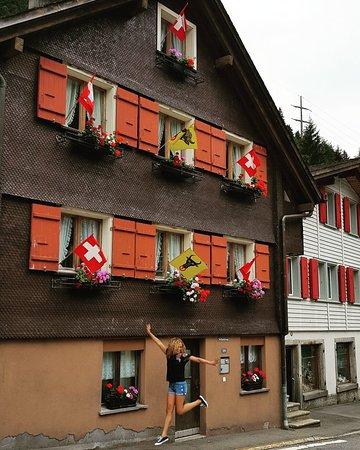 Goschenen, Szwajcaria: IMG_20180810_185715_105_large.jpg