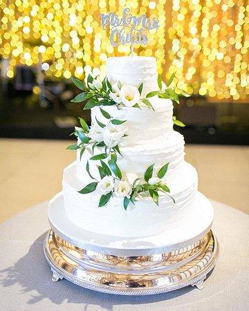 Bespoke Wedding Cake Carrot Vanilla And Chocolate Sponge