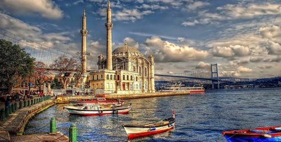 Istanbul Traveling