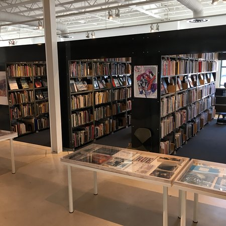 Culver City, Californien: Art books galore at Arcana