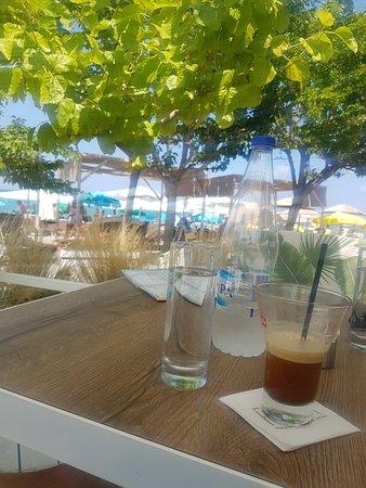 Fiki Fiki Beach Bar: 20180807_140645_large.jpg