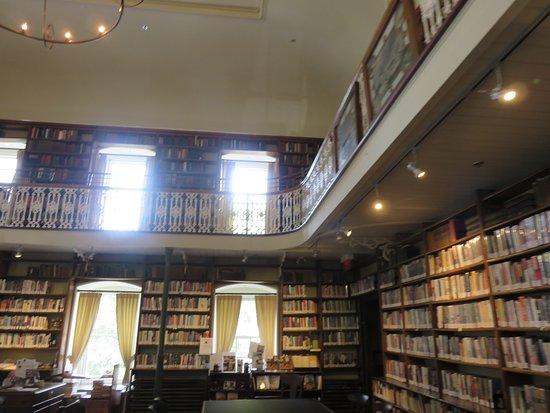 Morrin Centre: Bibliothèque