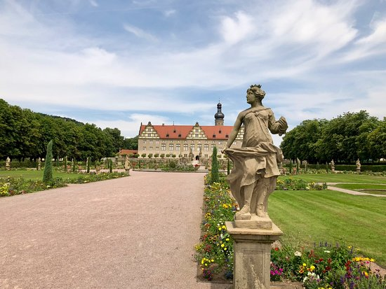 Weikersheim castle - the French garden
