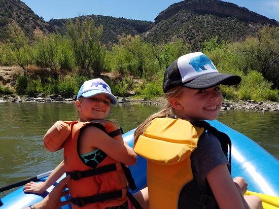 Embudo, นิวเม็กซิโก: Having fun on the river!