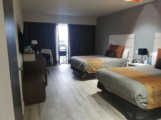 Real Inn Perinorte: 20180803_191747_large.jpg