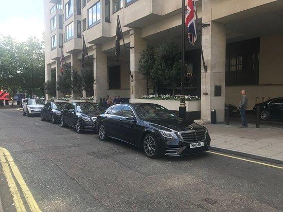 Rolls Royce Phantom Series 2 Chauffeur Car Hire In London Uk Rr