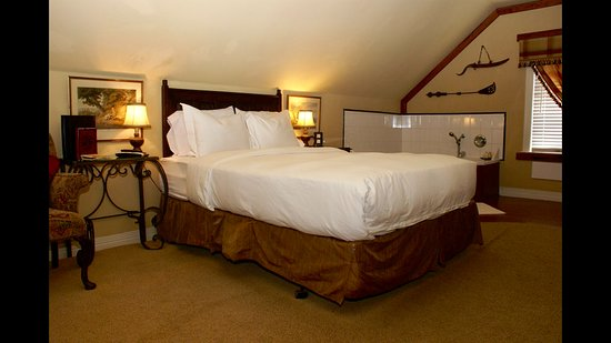 Muenster, TX: Highlander bedroom