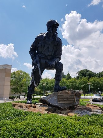Fort Bragg, Carolina del Norte: 20180811_195606_large.jpg