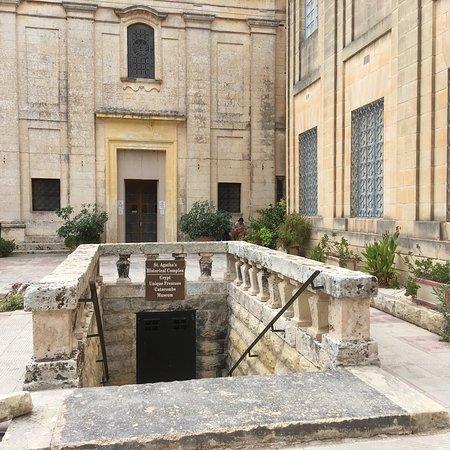 세인트 아가사의 토굴, 지하 묘지 및 박물관 이미지